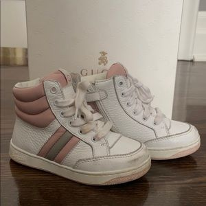 Gucci Girls high top sneakers